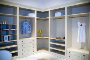 пример 10 мебель для гардеробной комнаты на заказ